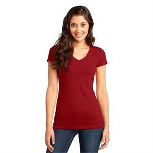 District - Juniors Very Important Tee V-Neck.